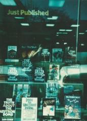 Seesaw bookstore
